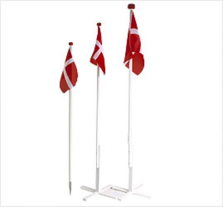 Træflagstang m/ spyd 145cm